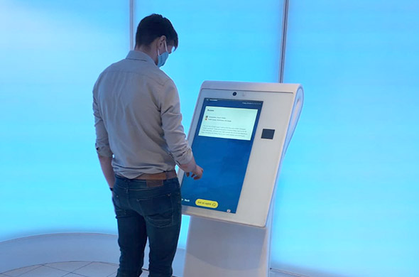 Self-service units of Schiphol now also for customs