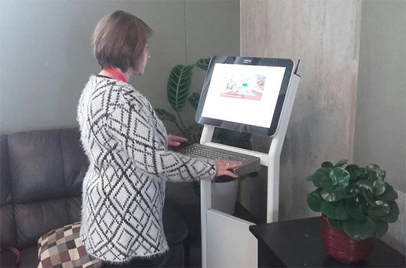 20 survey kiosks in healthcare institutions in the municipality of Utrecht