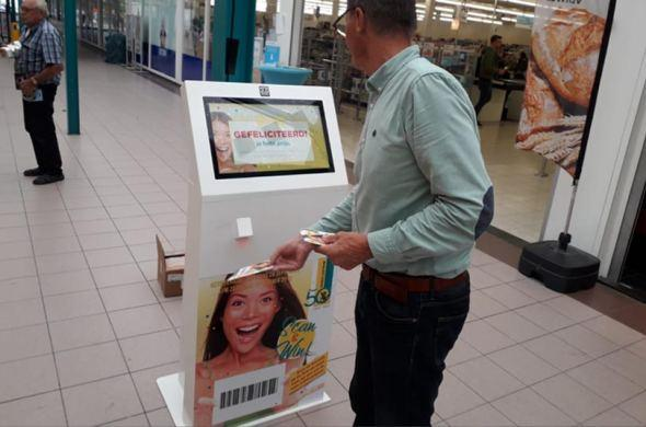 Information kiosks for shopping mall Tournoysveld