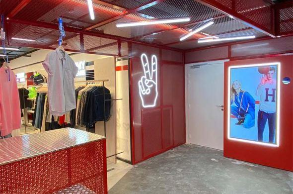 Citadium Caumartin complete makeover including Prestop selfie mirror for Tommy Jeans